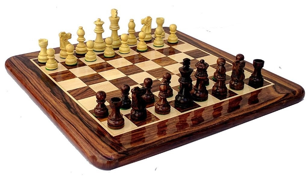 WOODEN CHESS GAME BOARD SET